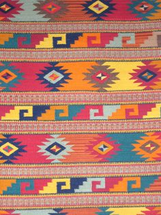 Mexican Rug, exactly what I need for Sante Fe Themed House summer carpet bag Mexican Rug, Mexican Colors, Mexican Textiles, Mexican Folk Art, Tapete Floral, Mexican Pattern, Mexican Designs, Indian Rugs, Weaving Techniques