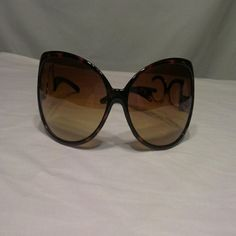Sunglasses THE BEST!! Brown with gold Accessories Sunglasses