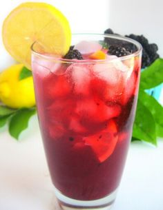 Cranberry lemonade recipe:  Glass gallon jar Safe, clean, spring water 1 cup of organic cranberry juice, not from concentrate 3 organic fresh lemons A citrus juicer Liquid stevia Liquid cayenne