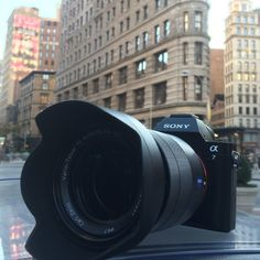Amazing Sony in front of the building in NYC Sony A5100, Flatiron Building, Dslr Cameras, Nyc, Amazing, Travel, Digital Slr Cameras, Viajes, Trips