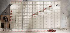 Du willst aussergewöhnlich wohnen? Dann ist die Toolbox von EmmeBi genau das richtige Wohnaccessoire für dich. Frei konfigurierbar bezüglich Größe, Form und Farbe kannst du deine Toolbox an die Wand hängen, auf den Boden stellen oder mit Rollen versehen. Du kannst die Griffe aus Zahlen bestellen, oder aus Buchstaben, oder auch aus chinesischen Schriftzeichen. Mit der Toolbox ist es ein Kinderspiel stilvoll Ordnung zu halten! Ich berate dich gerne bei Bestellung und Konfiguartion! Feng Shui, Calendar, Photo Wall, Holiday Decor, Frame, Home Decor, Empty Room, Infant Play, Product Photography