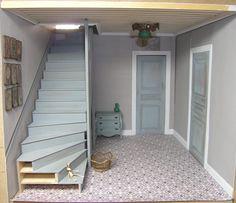 gorgeous hall in progress -amazing blog Recreation Miniature