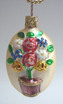 "Floral Bouquet.  3-3/4""  Hand-blown, hand-painted Christmas Ornament.  Retired 2000.  Inge Glas - Old World Christmas #3173. From Inge Glas studios in Neustadt, Germany.   The flower brings good wishes. Available at www.mygrowingtraditions.com"