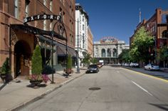 Oxford Hotel, located in one of Denver's most happening 'hoods, just a block from the 16th Street Mall and steps from galleries, boutiques, packed restaurants and vibrant nightlife.
