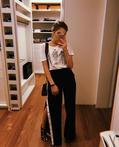 Outfit Goals, Ponytail, Sexy, Fashion Looks, Ootd, Female, Stylish, Womens Fashion, Pants