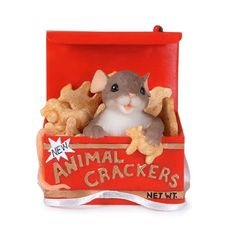 "Charming Tales Mouse with animal crackers Figurine 2.75"" Enesco http://www.amazon.com/dp/B000VITTSA/ref=cm_sw_r_pi_dp_R1tywb1HGHGM4"