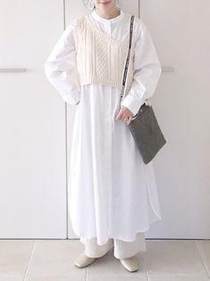 Streetwear Fashion, Korean Fashion, Winter Outfits, Winter Fashion, Street Wear, Bell Sleeve Top, Knitting, Womens Fashion, How To Wear