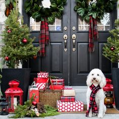 8 Beautiful Ways<br> to Decorate with Tartan<br> this Christmas