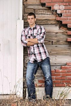 Stephanie Meier Photography Senior pictures guy cool outdoor new awesome