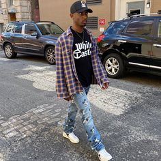 Black Men Street Fashion, Vintage Street Fashion, Mens Fashion, Cheap Streetwear, Streetwear Fashion, Rapper Outfits, Dope Outfits For Guys, Street Style, Alter