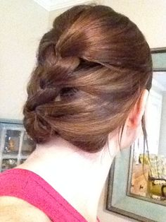 loose braid with tuck