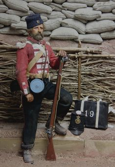 Crimean War figures -19th regiment in the trenches