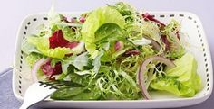 Timeless Simple Green Salad with Citronette