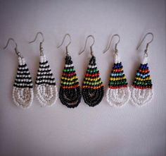 Items similar to Beautiful African Beaded Drop Earrings - White & Black on Etsy Beaded Earrings, Beaded Jewelry, Crochet Earrings, Drop Earrings, Unique Jewelry, African Beads, Brick Stitch, Beading, Trending Outfits