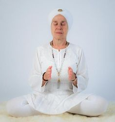 This exercise can give you a disease-free body and a clear meditative mind, and it can develop your intuition but it requires practice. What Is Meditation, Breathing Meditation, Mindfulness Meditation, Kundalini Yoga, Pranayama, Deep Breathing Exercises, Breath In Breath Out, Yoga Benefits, Yoga Fitness