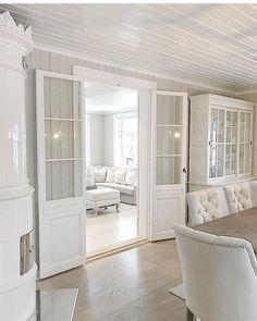 Doors dividing rooms
