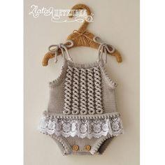 Embroidered Baby Vest Making - Babykleidung Baby Knitting Patterns, Toddler Dress Patterns, Knitting For Kids, Baby Patterns, Crochet For Kids, Free Crochet, Baby Romper Pattern Free, Crochet Baby Dress Pattern, Knit Baby Dress