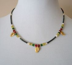 Doğal Taşlı Laleli Kolye Diy Necklace Making, Tiny Necklace, Seed Bead Necklace, Simple Necklace, Beaded Choker, Beaded Jewelry, Beaded Bracelets, Jewelry Necklaces, Handmade Necklaces
