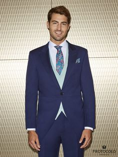 Groom Style, Wedding Suits, Wedding Season, Mens Suits, Classic Style, Marie, Suit Jacket, Wedding Inspiration, Mens Fashion