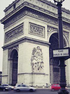 Arc de Triomphe - Place Charles de Gaulle... #paris #movie