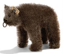 A STEIFF SMALL STANDING BEAR, (1308,0), brown mohair, brown