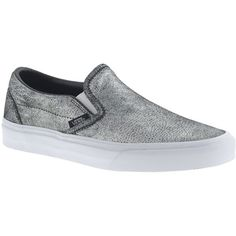 J.Crew Unisex Vans Classic Slip-On Sneakers (145 BRL) ❤ liked on Polyvore featuring shoes, sneakers, pull on shoes, slip on trainers, slip-on skate shoes, slip on shoes and leather upper shoes