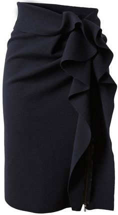 Lanvin pencil skirt and this is a GORGEOUS pencil grey wool skirt for the office.....Tres belle!