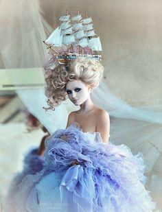Marie Antoinette Rococo Baroque inspiration - Shibina Nadegda ☮k☮ Mode Rococo, Mode Baroque, Beauty And Fashion, Look Fashion, Street Fashion, Rococo Fashion, Victorian Hairstyles, Dior Couture, Belle Photo