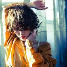 new 3階の窓のstyle写真が fujiiさんのクールなショートの new styleへ 新しくなりました . . 私はmakeで携わらせて いただいておりますっ . . にじむような熟れたリップの赤か ポイント . . 外からみたAXIS3階にも ご注目くださいね model @minari_224 hair.@shin08fujii make @tatemichi_izumi . . . . . . . . #tatemi_angel #hair #haircolor #hairstyle #ヘア #栄 #ヘアスタイル #撮影 #サロンモデル #ヘアアレンジ # #ヘアセット #作品撮り #ヘアカラー #矢場町 #美容師 #名古屋 #美容学生 #axis3f #axis_girl #model #f4f #followme #l4l by tatemichi_izumi