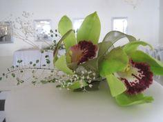 sugar orchid cake topper.  tania@cakearts.co.za