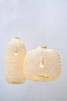 Bamboo Pendant Light, Repurposed Fish Trap Ceiling Lamp, Asian Oblong and Round Woven Hanging Bamboo Lamp, Boho Chinese Lantern / - Rubicarmin - Animal de soutien émotionnel Bamboo Pendant Light, Lantern Pendant Lighting, Bamboo Lamp, Bamboo Roof, Bamboo Light, Pendant Lights, Pendant Lamp, Ceiling Lamp, Ceiling Lights