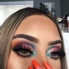 makeup eyeshadow makeup inspo makeup allergy with makeup drawing makeup app kajal eye makeup makeup zara makeup urban decay Glam Makeup, Cute Makeup, Gorgeous Makeup, Pretty Makeup, Skin Makeup, Makeup Inspo, Eyeshadow Makeup, Makeup Brushes, Eyeshadows