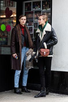 Street style à la Fashion Week automne-hiver 2017-2018 de New York models off duty