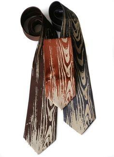 Men's woodgrain necktie. Faux bois tie, screenprinted microfiber. Standard or narrow width.