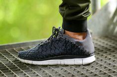 Nike Free Inneva Woven: Anthracite & Dark Grey
