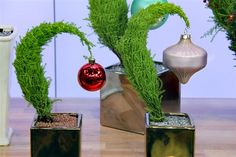The Marilyn Denis Show | The Do-It-Yourself Grinch Tree - video on the main site