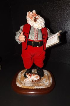 Simpich  Character  Dolls  Santa  Reads  The Christmas Story
