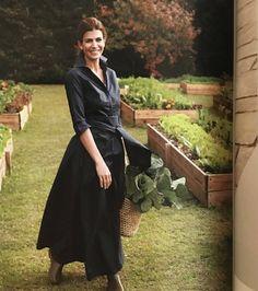 La Primera Dama argentina Juliana AWADA SORPRENDE  CON SU  ELEGANCIA Y  SENCILLEZ.