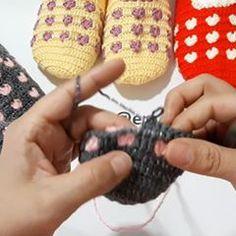 EMEL HOBİ EVİ (@emelhobievi) • Instagram-fényképek és -videók Crochet Socks, Fingerless Gloves, Arm Warmers, Crochet Earrings, Photo And Video, Knitting, Instagram, Photos, Youtube