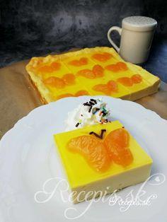 Tento nenáročný koláč z kila tvarohu je raz dva hotový a poteší najmä deti. Je to recept bez lepku. Potrebujete: 120g masla izbovej teploty (môže byť aj rozpustené)1000g jemného tvarohu200g kyslej smotany2 balenia vanilkového pudingového prášku4 vajíčka150g kr. cukru2 balenia vanilkového cukru1 konzerva zaváraných mandariniek250ml vody1 balenie tortového želé4Pl kr. cukru Postup: Vajíčka vyšľaháme do penista s cukrom. Pridáme maslo a prešlaháme.Potom pridáme pudingový prášok, tvaro Ale, Pudding, Desserts, Food, Basket, Tailgate Desserts, Deserts, Ale Beer, Custard Pudding