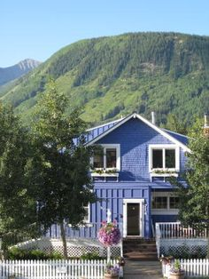 The Purple Mountain Lodge Bed and Breakfast in Crested Butte, Colorado is the perfect mountain lodging for the active getaway.