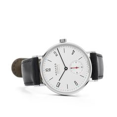 A timeless classic, now automatic: Tangente neomatik. #nomostangente #neomatik #nomosglashuette #madeingermany