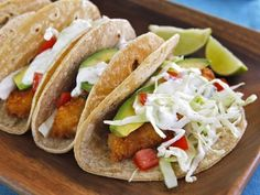 Crispy Panko Fish Tacos - Recipe for beer battered panko fish tacos. Fried fish with perfect crunch & amazing flavor. Sour cream lime sauce. Mexican recipe with a twist. via @toriavey Beer Battered Fish Tacos, Panko Crumbs, Sour Cream, Cooking Tips, Seafood Recipes, Lime, Mexican, Ethnic Recipes, Shellfish Recipes