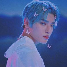taeyong edit with butterflies (crd to owner) Taemin, Shinee, Lee Taeyong, Capitol Records, Blue Aesthetic, Kpop Aesthetic, Winwin, Jaehyun, Nct 127