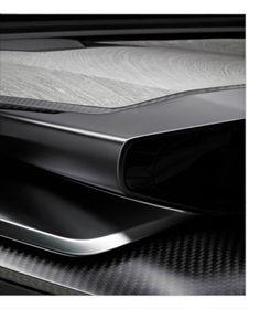 Vij5 - newspaper wood in peugeot concept car