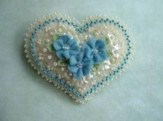 Beautiful blue and white beaded felt heart. Bead Crafts, Arts And Crafts, Christmas Hearts, Felt Brooch, Flower Applique, Felt Fabric, Felt Hearts, Felt Ornaments, Christmas Ornaments