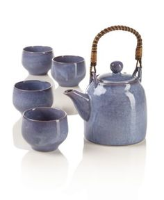 Wisteria Teapot Set  Krystel  (this one reminds me of my mom, she likes Wisterias)