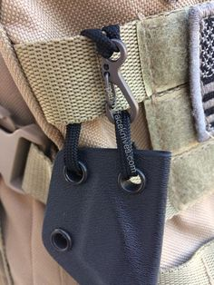 Backpack Clip for Neck Knives – Penny Face Knives & Leather