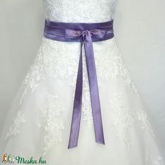 Megkötős szaténöv  esküvőre (nicoledesign) - Meska.hu Ballet Skirt, Skirts, Fashion, Moda, Tutu, Fashion Styles, Skirt, Fashion Illustrations
