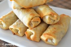 The Best Chinese Fakeaway Recipes - Slimming Eats - Slimming World Slimming World Dinners, Slimming Eats, Slimming Recipes, Slimming World Spring Rolls, Slimming World Recipes Extra Easy, Baked Spring Rolls, Chicken Spring Rolls, Easy Chicken Spring Roll Recipe, Veggie Spring Rolls